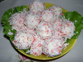 Рафаэлки из крабовых палочек рецепт с фото пошагово классический